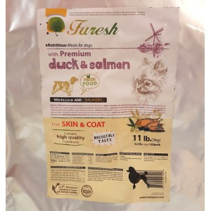 FURESH DRY DOG FOOD W/ PREMIUM DUCK & SALMON, 11 LBS- 50 INNER BAGS (SKIN & COAT)