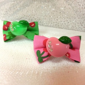 Apple juice clip pin (SET OF 2) - 1 PIECES OF EACH COLOR